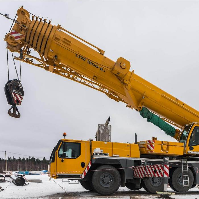 Автокран LIEBHERR LTM 1200 (200 тонн)